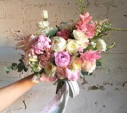 закажи букет свежих цветов....и получи постоянную скидку -35% .....на все покупки.....( скидка бессрочна) New-352