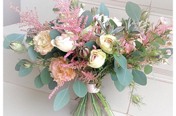 закажи букет свежих цветов....и получи постоянную скидку -35% .....на все покупки.....( скидка бессрочна) New-131