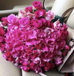 закажи букет свежих цветов....и получи постоянную скидку -35% .....на все покупки.....( скидка бессрочна) New-312
